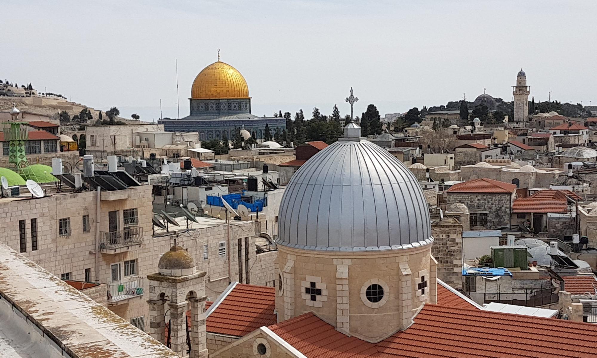Israel 2018 Blick über Jerusalem im Hintergrund der Felsendom